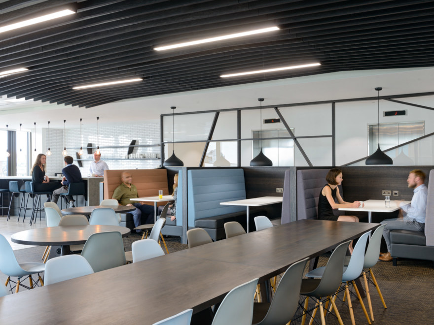 Improve office productivity by enhancing your office interior design
